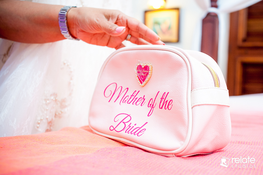 dave-sheri-tobago-stone-haven-wedding-photographer-8
